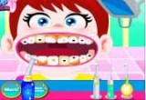 لعبة فحص اسنان البيبي